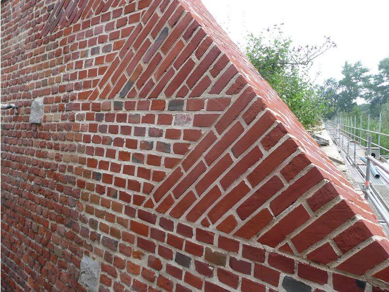 mur de clôture en brique
